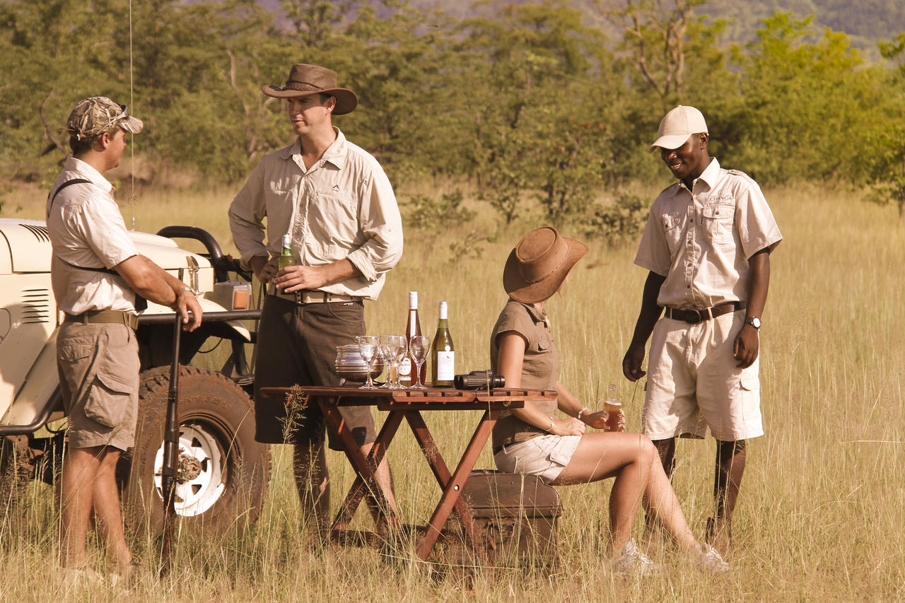 what to wear in an african safari